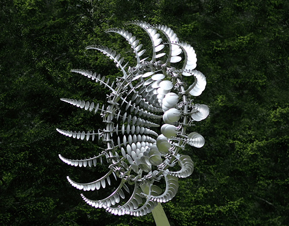 Di-Octo Kinetic Sculpture – Concordia University