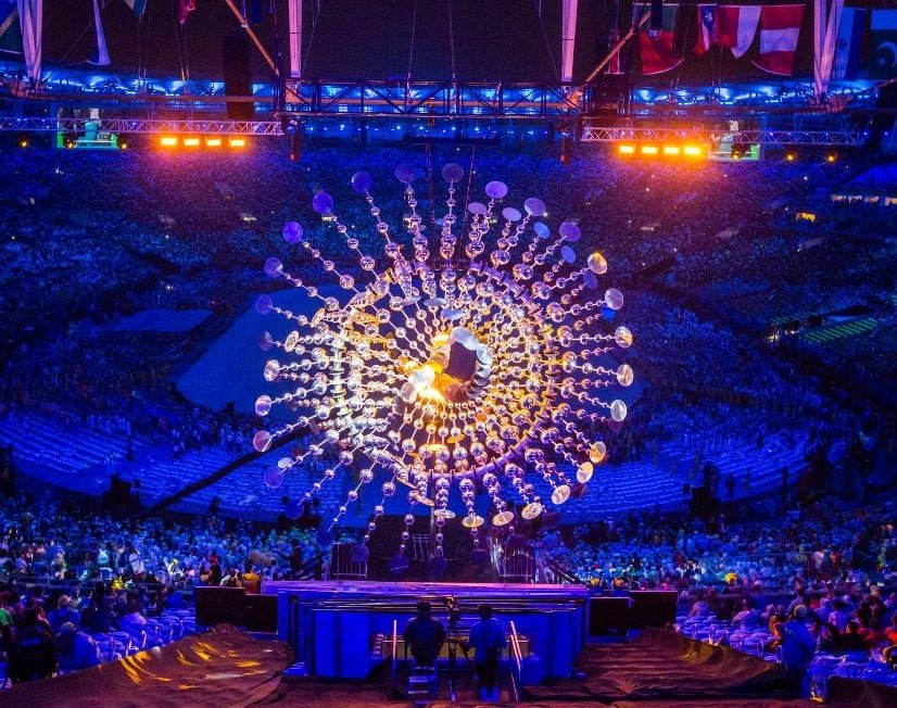 The Sun - Kinetic Sculpture - Anthony Howe Concept - Rio Olympic games